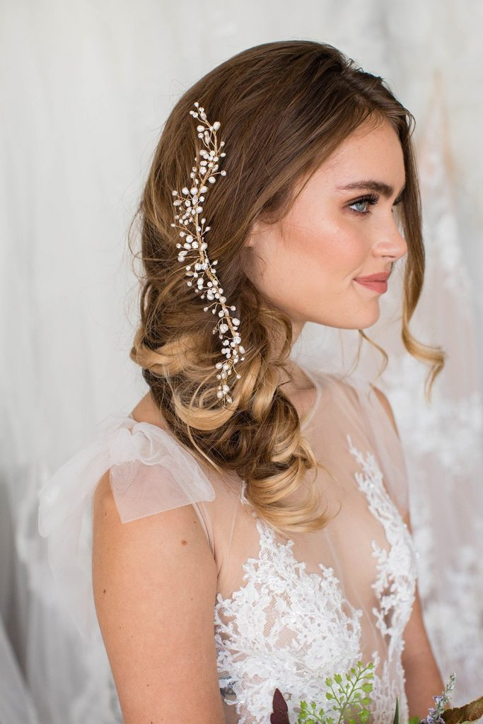Brides and Hairpins Leda Halo Comb